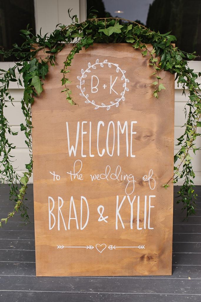 Brad&Kylie-B-52